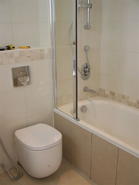 Spa Tubs For Small Bathrooms by Small Tubs For Small Bathrooms Small Bathrooms With Tub