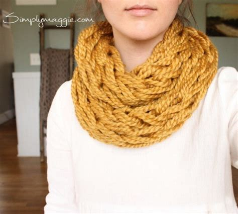 arm knitting scarf step by step 18 cozy stylish arm knitting projects anyone can make