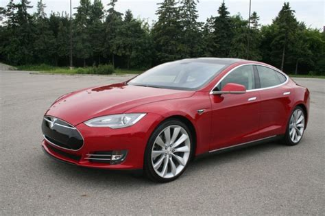 Tesla Car Distance by Tesla Model S The Electric Car That Goes The Distance