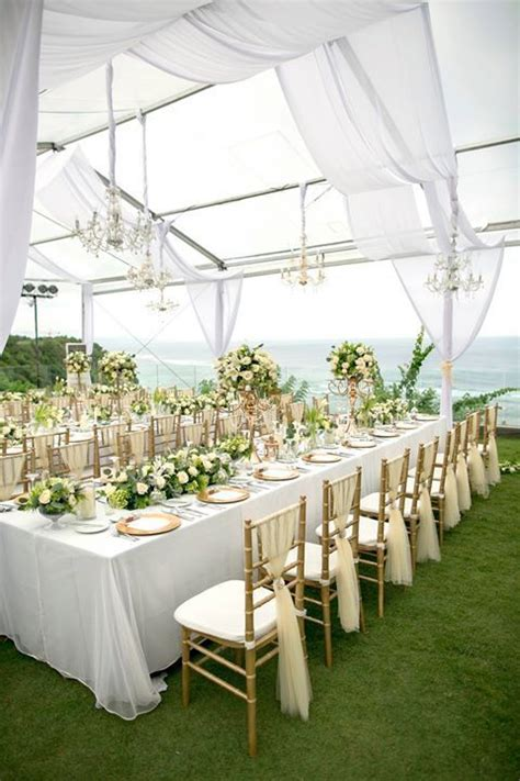 white wedding decoration ideas 1000 ideas about wedding tent decorations on