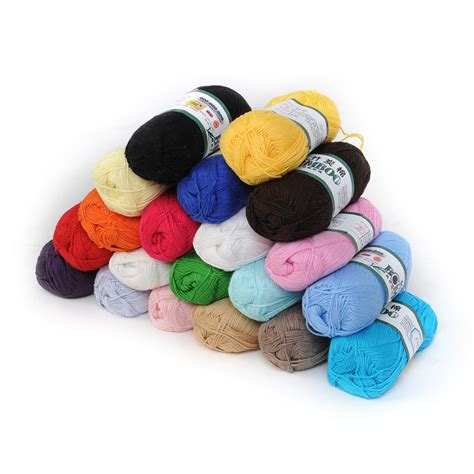 knitting with two colors carrying yarn wholesale soft smooth bamboo cotton knitting yarn