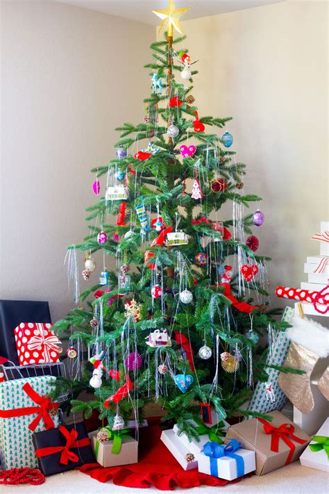 how to decorate with tinsel how to decorate a tree with tinsel 28 images how to