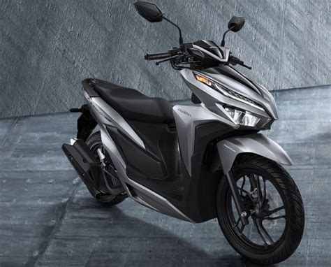 Pcx 2018 Vs Vario 150 by 2018 Honda Vario 150 And 125 Scooters In Indonesia