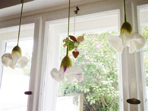 Herbstdeko Fenster Hängend by 27 Interessante Vorschl 228 Ge F 252 R Fensterdeko Archzine Net