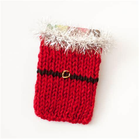 knitting gifts santa knit gift card holder pattern petals to picots