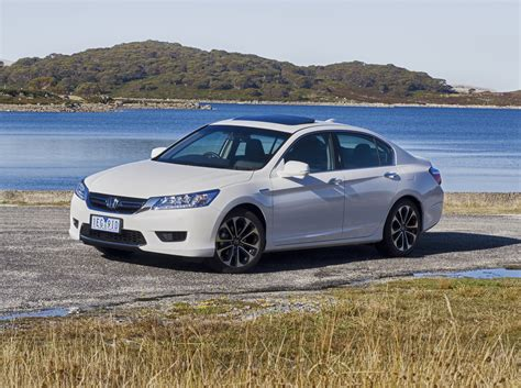 2015 Honda Accord Sport Specs by 2015 Honda Accord Sport Hybrid Review Photos Caradvice