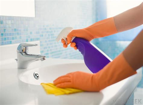 how to clean the kitchen sink what is the best way to clean a bathroom with pictures