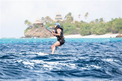 obama kite surfs with richard branson in islands