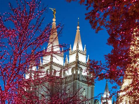 lights at temple square mormonism in pictures enjoy the spirit of on