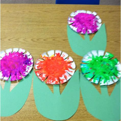 paper crafts for 3 year olds paper bowl flower made with my 2 year olds at preschool