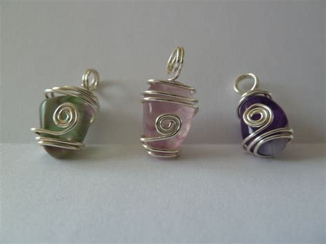how to make jewelry with wire and stones wire wrapped pendants wire wrapped stones
