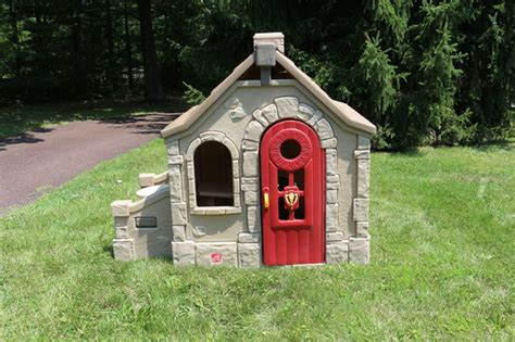 step 2 playhouse storybook cottage step2 naturally playful storybook cottage children s