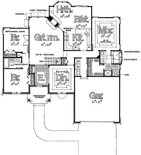 split bedroom house plans beautiful split bedroom floor plans for kitchen