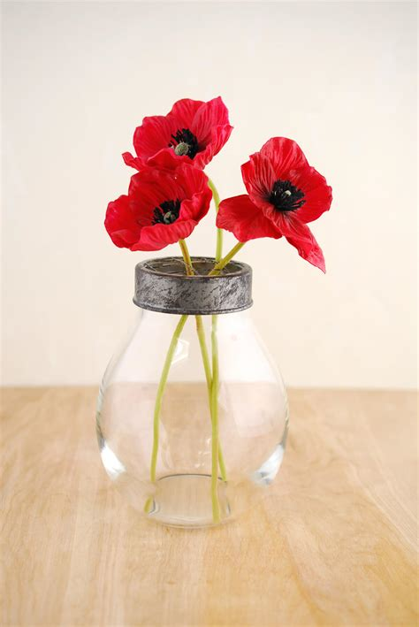 Flower Vase with Frog Lid 6.5x4.5in