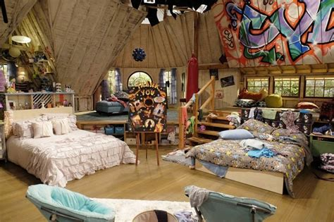 and friends bedroom 17 best images about disney channel on disney