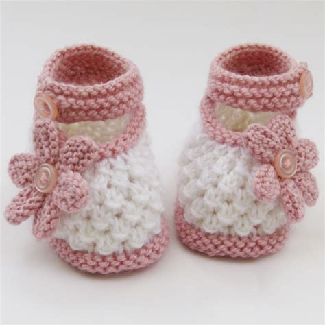 knit baby booties free knitted baby booties pattern