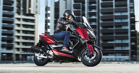 Pcx 2018 X Nmax 2018 by Yamaha X Max 125 2018 Khắc Tinh Của Honda Pcx Tr 236 Nh L 224 Ng