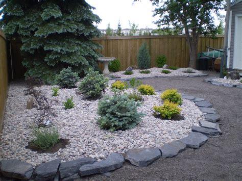 low maintenance backyard ideas landscaping low maintenance backyard landscaping ideas
