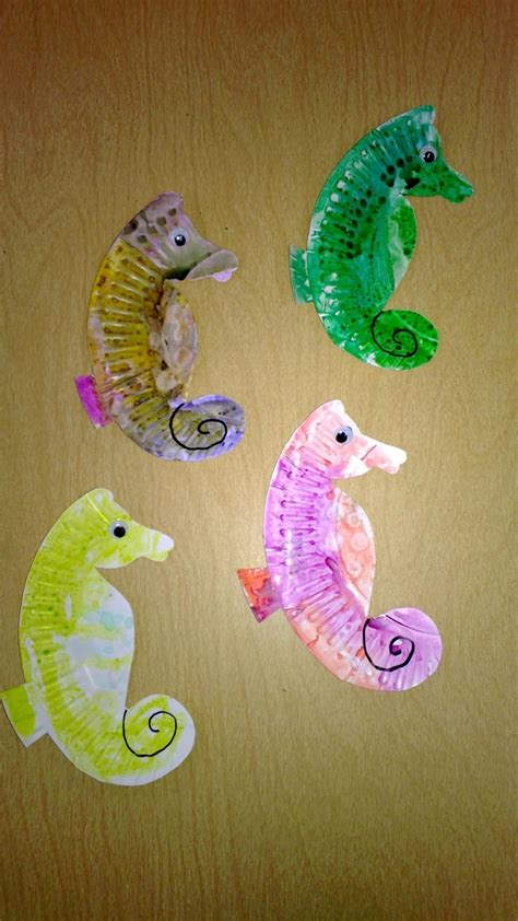 seahorse paper plate craft the 11 best images about vbs animals on