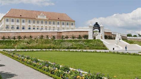 Der Garten by Der Garten Schloss Hof