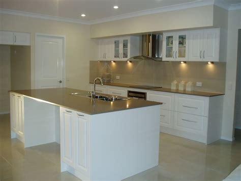 kitchen tiled splashback ideas 100 kitchen tiled splashback ideas best 25 acrylic