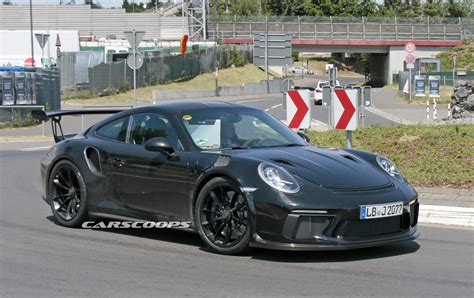 Porsche 911 Gt3 by Upcoming Porsche 991 2 Gt3 Rs Coming With Gt2 Aero Bits