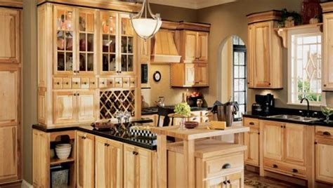 paint colors for kitchen with hickory cabinets kitchen colors hickory cabinets quicua