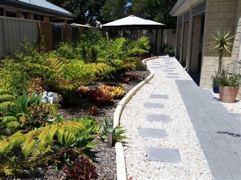 types of pathways in landscaping garden edging pathways