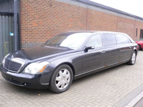 Maybach Limousine by Extended Maybach 62 Becomes Six Seat Maybach 72