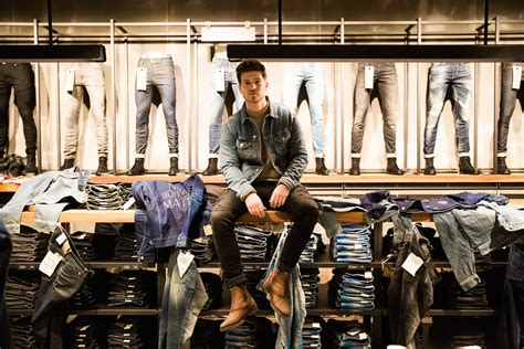 Modern Paints first jack and jones jeans intelligence studio opened in