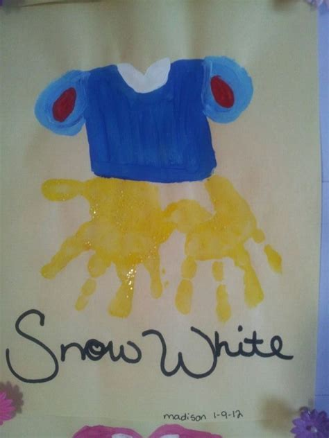 disney themed crafts for 25 best ideas about snow white invitations on