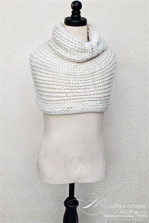 free knitting patterns for cowls meringue knitted cowl free pattern for and