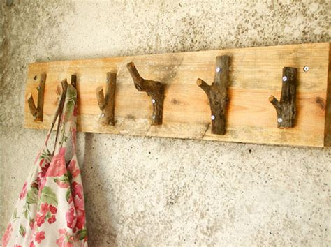 Ten Easy Diy Rustic Decor Projects Rustic Crafts Chic