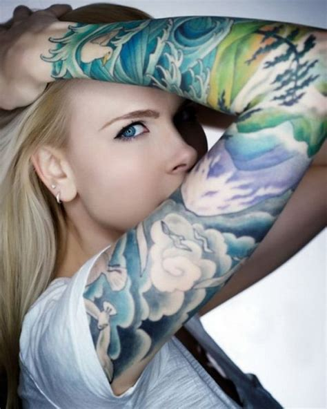40 cool and pretty sleeve tattoo designs for women