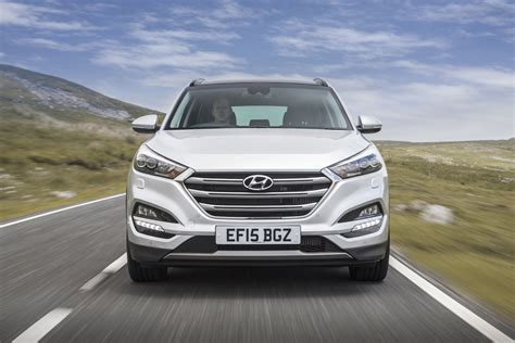 2015 Hyundai Tucson Reviews by Hyundai Tucson Review 2015 Uk Drive Motoring Research
