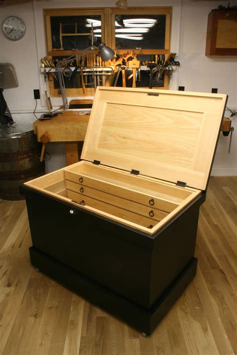 chris schwarz woodworking new the anarchist s tool chest dvd lost press