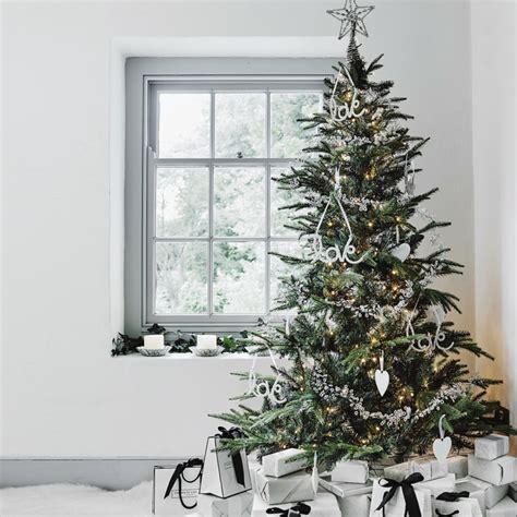 weihnachtsbaum dekoration weihnachtsb 228 ume dekorieren und pflegen