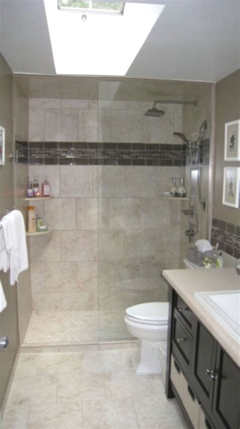 Shower Ideas For Bathroom by Best 25 Small Bathroom Remodeling Ideas On