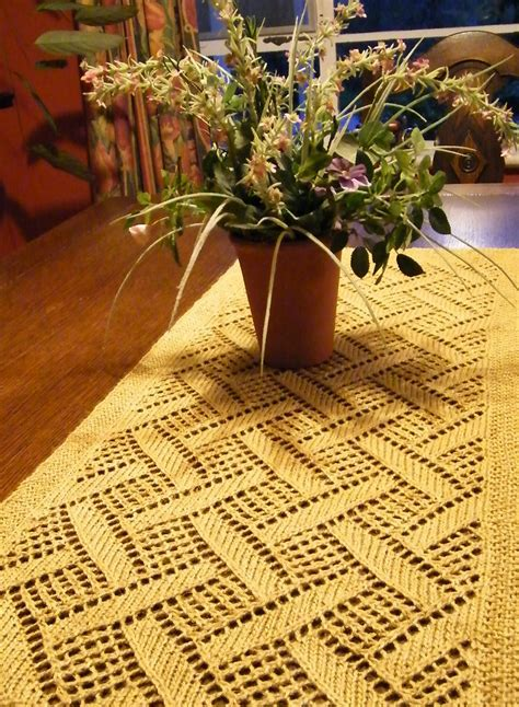free knitted table runner patterns table decor knitting patterns in the loop knitting