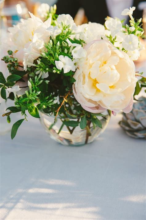 flower centerpieces 25 best ideas about small flower centerpieces on