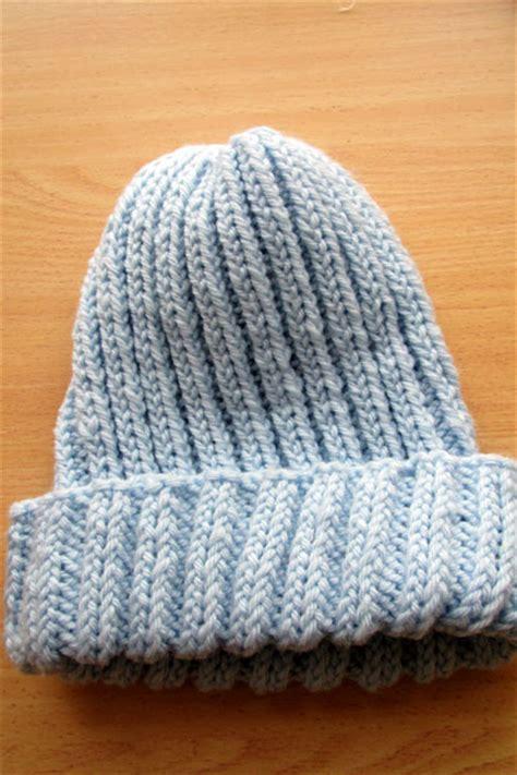 basic knit hat pattern basic knitted hat free pattern karole kurnow