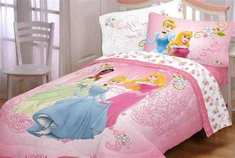 princess bedding 28 best princess comforter set disney princess