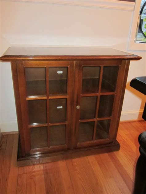 entertainment cabinets with doors entertainment cabinet with glass doors manicinthecity