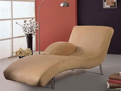 bedroom chaise lounge chairs chaise lounge chairs for your bedrooms home