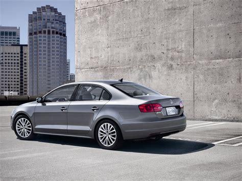 02 Volkswagen Jetta by Volkswagen Jetta 2011 Car Wallpapers 02 Of 20