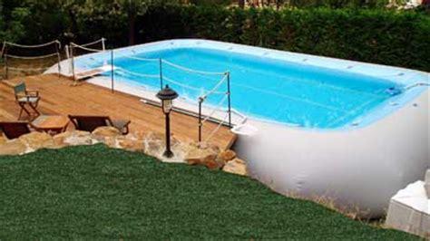 photo piscine hors sol habillage