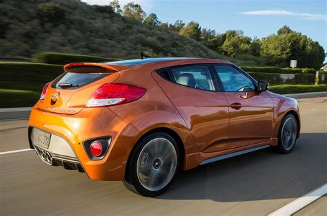 Hyundai Volester by 2017 Hyundai Veloster Reviews And Rating Motor Trend