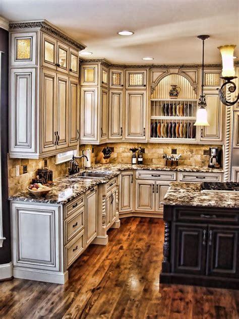 antique paint colors for kitchen cabinets how to paint antique white kitchen cabinets