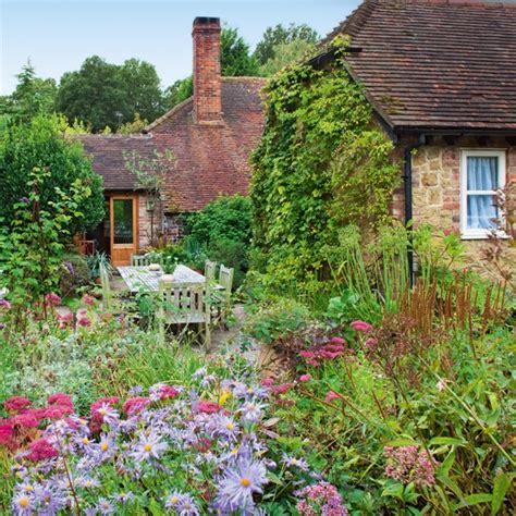 small cottage garden design ideas country garden decorating ideas lovely photograph countr