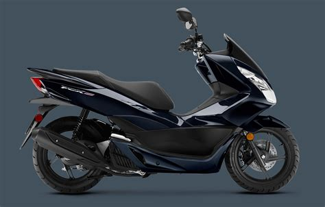 Pcx 2018 Model by New 2018 Honda Pcx150 Scooters In Fort Wayne In